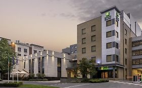 Holiday Inn Express Dublin Airport