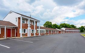 Econo Lodge Woodstock Virginia