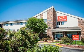 Econo Lodge North Kansas City