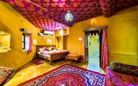 Mud Mirror Guest House Jaisalmer