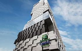 Holiday Inn Express Bangkok Siam Pantip