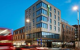 Holiday Inn Express London Ealing