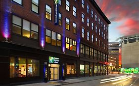 Holiday Inn Express Boston Garden