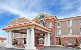 Holiday Inn Express Farmington Mo