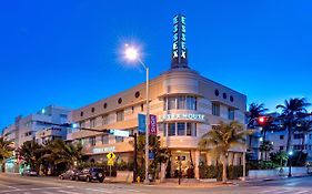 Essex Hotel Miami Beach