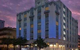 Hilton Garden Inn Miami South Beach