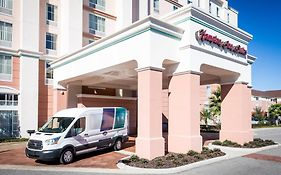 Hampton Inn And Suites Orlando Airport @ Gateway Village