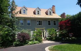 Down Home Bed And Breakfast Niagara on The Lake