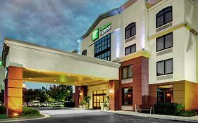 Holiday Inn Express Sandston Virginia