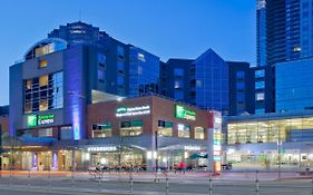 Metrotown Holiday Inn