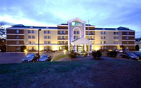 Holiday Inn Express Mayland Drive Richmond Va