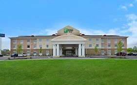 Holiday Inn Express in Utica Ny