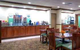 Country Inn And Suites Emporia Va