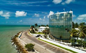 Radisson Belize City