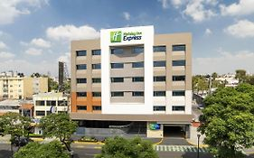Holiday Inn Express - Mexico Basilica, An Ihg Hotel