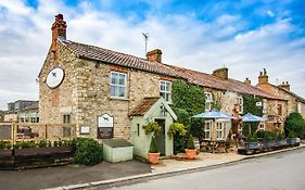 The Black Horse Inn Kirkby Fleetham 5*