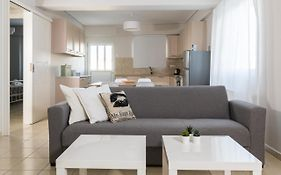 Elise Apartment Airport By Airstay