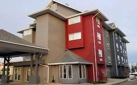 Premier Inn And Suites Lethbridge Ab