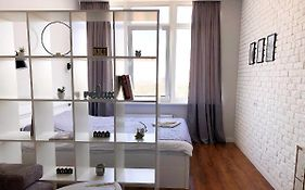 Perfect Apartment Near to Train Station And City of Center Одесса
