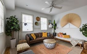 Center Of Charleston - Two Home, 6Br / 6Ba Property! Sleeps 16!