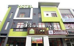Tree Boutique Hotel Shah Alam