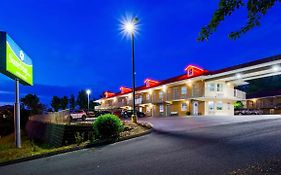 Country Hearth Inn & Suites Pigeon Forge Tn