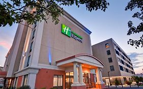 Holiday Inn Express Boston St