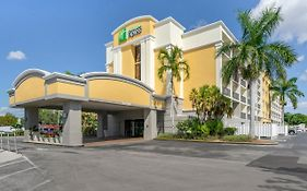 Holiday Inn Express Cape Coral Fl
