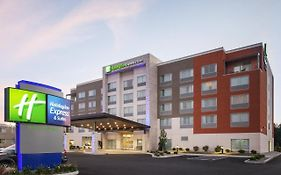 Holiday Inn Express in Sandusky Ohio