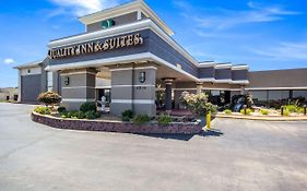 Quality Inn & Suites East Kansas City Independence Mo
