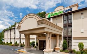 Holiday Inn Express Southington Ct