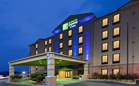 Holiday Inn Express South Charleston West Virginia