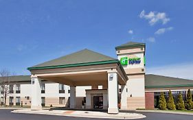 Holiday Inn Express Germantown Wi