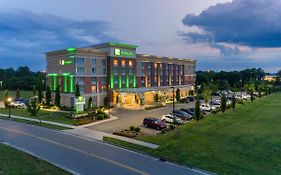 Holiday Inn Murfreesboro Tn