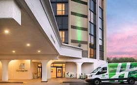 Holiday Inn Express Austin Town Lake