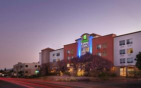 Holiday Inn Express Belmont Ca
