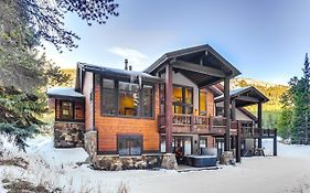New Listing! Luxe Lodge W/ Private Hot Tub & Garage Home