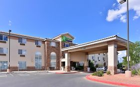 Holiday Inn Express Farmington