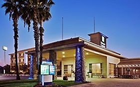 Holiday Inn Express Corning California
