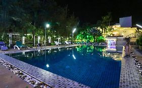 Natural Beach Hotel Pattaya