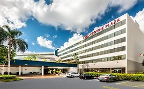 Crowne Plaza Hotel Miami Intl Airport