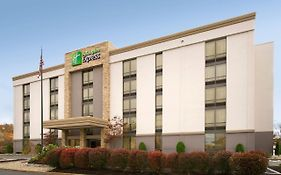 Holiday Inn Express Woburn Massachusetts