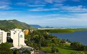 Mercure Harbourside Cairns