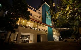Lodge Paradize Hotel By The Sqwhere  2*