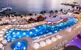Temptation Resort Spa Cancun