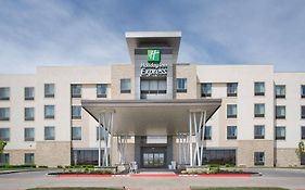 Holiday Inn Express 8330 West Amarillo Blvd