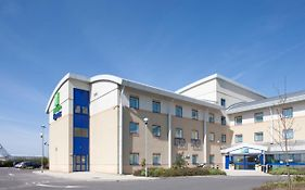 Holiday Inn Express Cardiff Airport, An Ihg Hotel