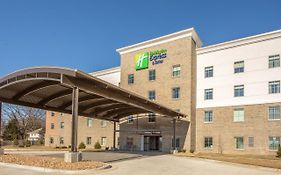 Holiday Inn Express Shawnee Ks 3*