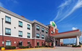 Holiday Inn Express Sealy Texas