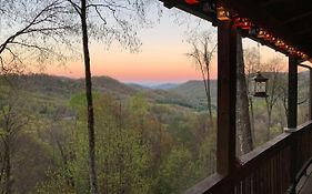 Peaceful Maggie Valley Cabin With Panoramic Mtn Views